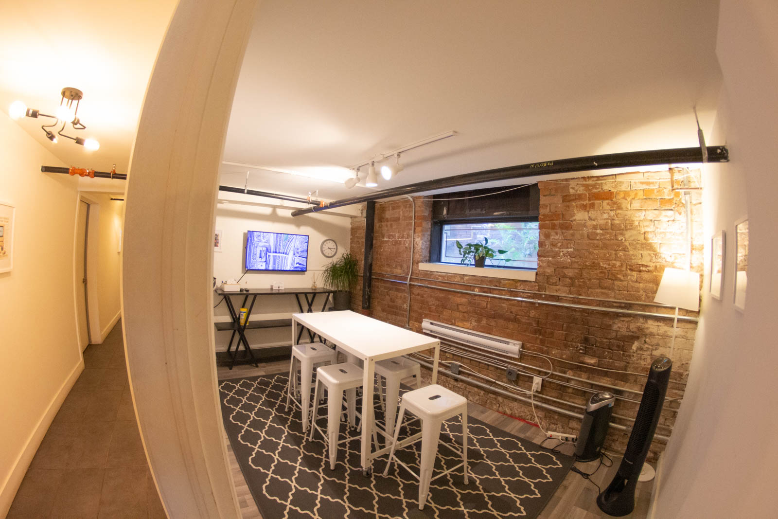 """""""Fast Forward"""" is a great private space for small brainstorming meetings"""